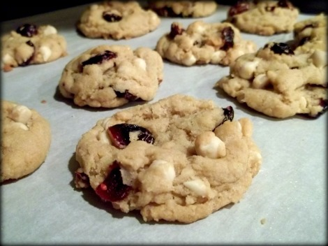 vegan white chocolate cranberry cookies